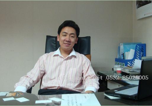 """""""后来,我又先后担任了青岛卖买屉科技有限公司的项目总监,青岛羽"""