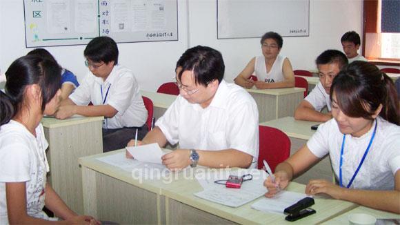模拟面试-计算机培训,Java培训学校,免费Java培训,大学生就业培训,平面设计培训,网页设计培训,美工培训,游戏开发,动画培训